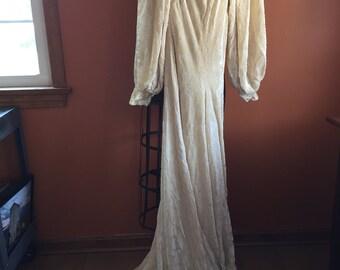 Vintage 1930 Wedding Dress