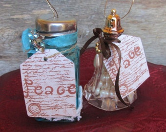 Shabby Salt Shaker Ornament, Altered Salt Shaker Ornament,  Vintage Christmas Decor