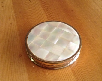 Ceme Puff Compact, MAXFACTOR, Mirrored Compact, Brass, Shell, HOLLYWOOD