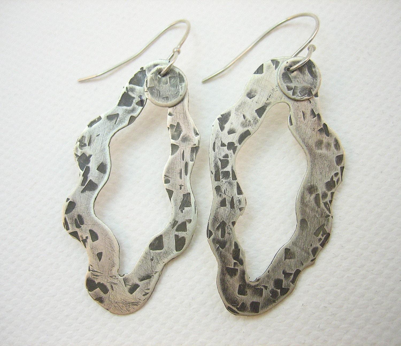 Oxidized silver earrings, textured hammered silver asymmetrical earrings, silver oxidized artisan handmade modern earrings, black earrings