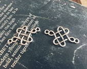 10 pcs  antique  silver  plating knot  pendant finding