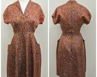 Vintage 40s Floral print Swing dress Fit n Flare M wing collar vtg 1940s