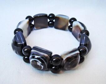 Vintage glass beads bracelet Tiger eye art glass Stretch bracelet Art Deco 60s