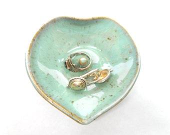 Ceramic Ring Dish, Pottery Ring Holder, Speckled Turquoise Ceramic Jewelry Holder, Pottery Jewelry Dish, Wedding Gift in Speckled Turquoise