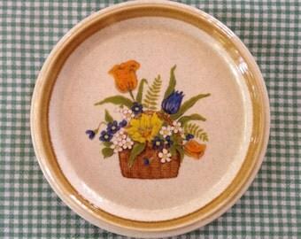 Mikasa Stone Manor Garden Bouquet Dessert or Bread Plate Oven to Table Japan Flower Basket Cottage Vintage Home Decor Vintage Dishes