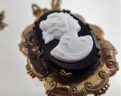 FREE Shipping Vintage Cameo Photo Frame Locket Brass Bronze Black and White Necklace Pendant Charm