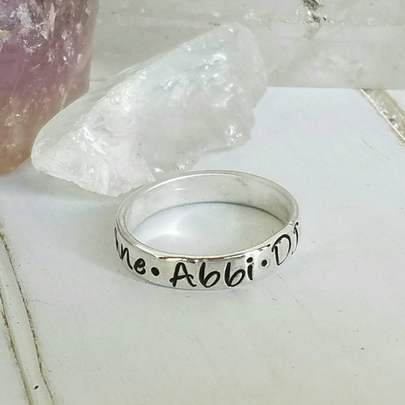 Name ring, Sterling Silver name ring, 4mm wide, Personalized Mommy ring, Stackable Ring, up to 5 Names, Custom name ring, childrens names