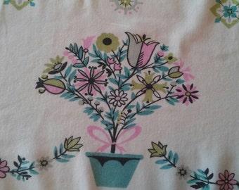 Vintage 1940s Tablecloth Linen Textile