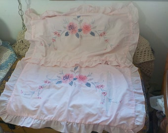 Vintage Twin Sz  Soft Pink Flowered Shams with Ruffle, Pink Vintage Pillow Shams, Pillow Shams, Vintage Bedding, Bedroom Decor, Home Decor