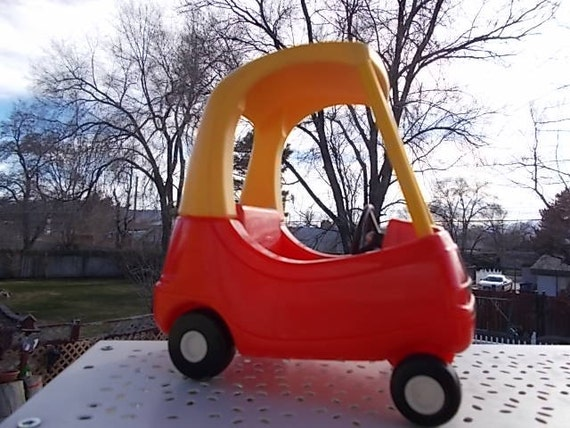 how to take apart little tikes hide and slide climber