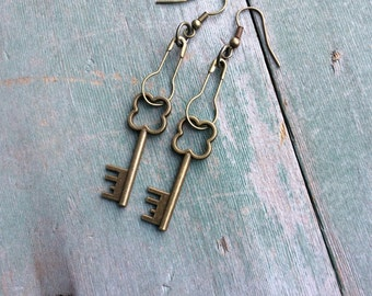 Lucky Day Earrings/Dangle/Clover/Boho/Industrial