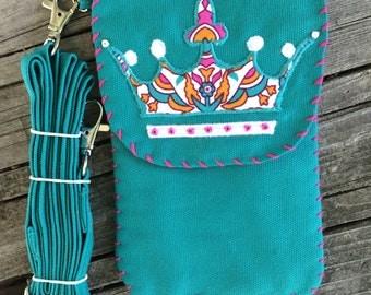 Cross Body Pocket Purse Crown / Tiara