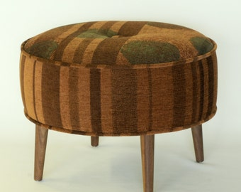 Round Ottoman - Blue and brown circles pattern
