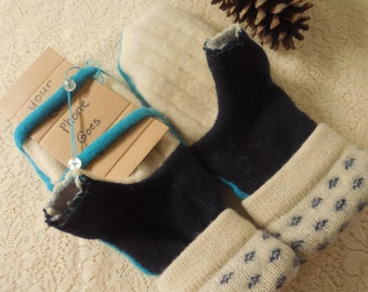 Mitt-Texts MH60 Adult Felted Wool Mittens Open Thumb for Texting Turquoise Blue & White