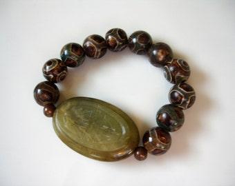 Vintage Carved Jade Stretch Bracelet, Olive Bracelet, Brown Green Carved Jade Bracelet, Bohemian Bracelet, Jade Stacking Bracelet - ethnic