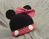 Minnie mouse newborn hat and booties