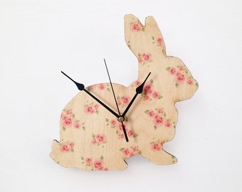 Vintage Rose Bunny Clock