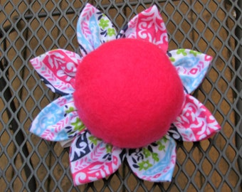 One flower wrist pincushion