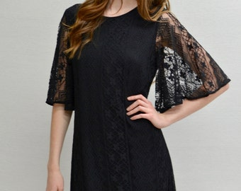 Bell Sleeves Lace Dress in Black