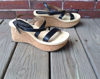 70s meets 90s Candies platform sandals sz 8.5