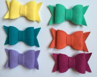 Felt bow hair clips set