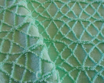 Mint Cabin Crafts Martex Needletuft Squiggle Vintage Chenille Bedspread Fabric... 15 x 18""