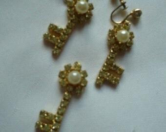 Vintage- Rhinestone w/Pearl Key Earrings w/ Necklace Pendant Key