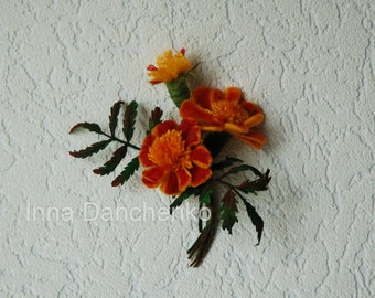 Marigold Orange and Yellow brooch, Marigold  flowers, felted orange brooch