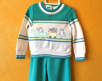 Vintage two piece outfit, Spring sweater set, bears and trains, retro baby clothes, boy vintage Size 12M