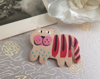 Cat Brooch - Vintage Cat Brooch - Wooden Cat Brooch - Hand Painted Cat Brooch - Cat Lovers Brooch - Gift for a Cat Lover - Wooden Brooch