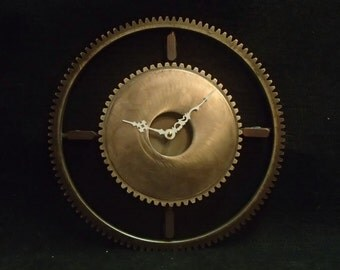 welded gear clock