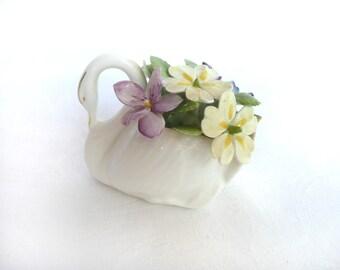 Vintage ceramic swan - Royal Doulton swan figurine - bone china swan ornament - swan flower posy ornament