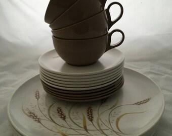 Mid Century Melmac Dishes - Brown/White - 20 Piece Set