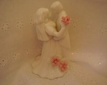 Vintage Porcelain BRIDE & GROOM Cake Topper