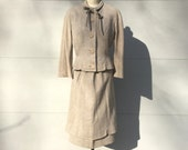 size S / 1940s light beige-grey winter weight suit with double-layered hem