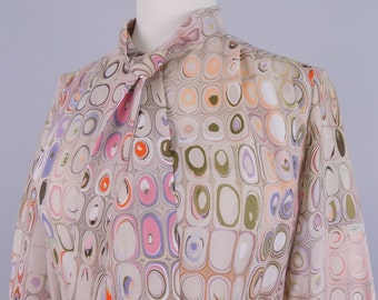 Vtg 60s / 70s CrEAmy PsYCheDeLic AgAtE PaTTerN WhimsY PriNt Polyester Blouse    MeDiUm SMaLl    ReTrO ShiRt ToP