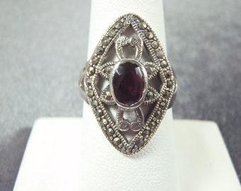 Sterling Silver Garnet Marcasite Ring Sz.7 1/2 R156