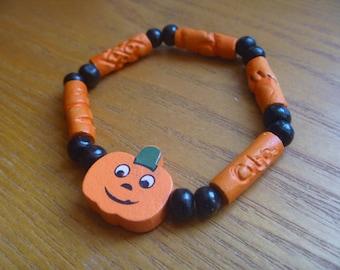 children's Hallowe'en bracelet, small elasticated wooden bracelet, ecofriendly