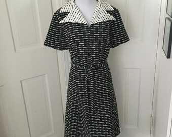 70's black and white patterned polyester belted day dress