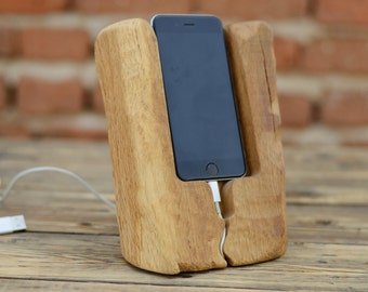 iPhone Dock Station, Recycled Wood iPhone Docking Station, Primitive iPhone holder, Birthday Gift, Rustic Gift, Solid Oak Wood Phone Stand