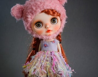 Blythe Doll Outfit & hat / 1/6 doll size / vintage Hand-dyed cotton / vintage  lace / sleeveless dress / calico floral