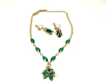 Tulip Shaped Emerald Green Crystal Necklace Earrings Set Demi Parure 1950s