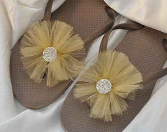 Free USA Shipping! Custom WEDDING RHINESTONE Flip Flops, Bridesmaid, Simple & Elegant BlingTulle Flip Flops, Bridal Gift, Beach Wedding