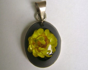 vintage flower in lucite sterling pendant