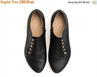 September sale Grace Black shoes handmade flats leather shoes / best sellers  by Tamar Shalem