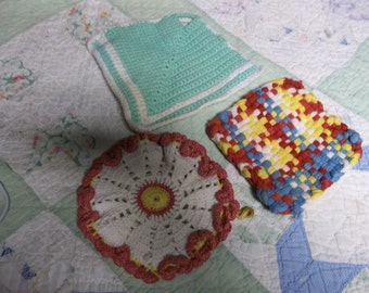 CLEARANCE! was 6.00 Vintage Lot of Hot Pads/Pot Holders/Drink Coasters, Great for Camping, Red White Blue White Multi,417 S