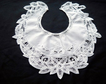 Antique French White Collar -Lace and embroideries.Bib-Vintage.