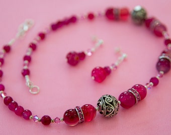 Crimson Pink Agate necklace and earrings set