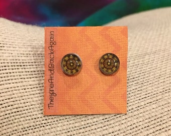 8mm Brown Kaleidoscope Stud Earrings