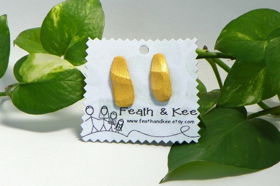 shimmery gold wooden earrings from Feath and Kee